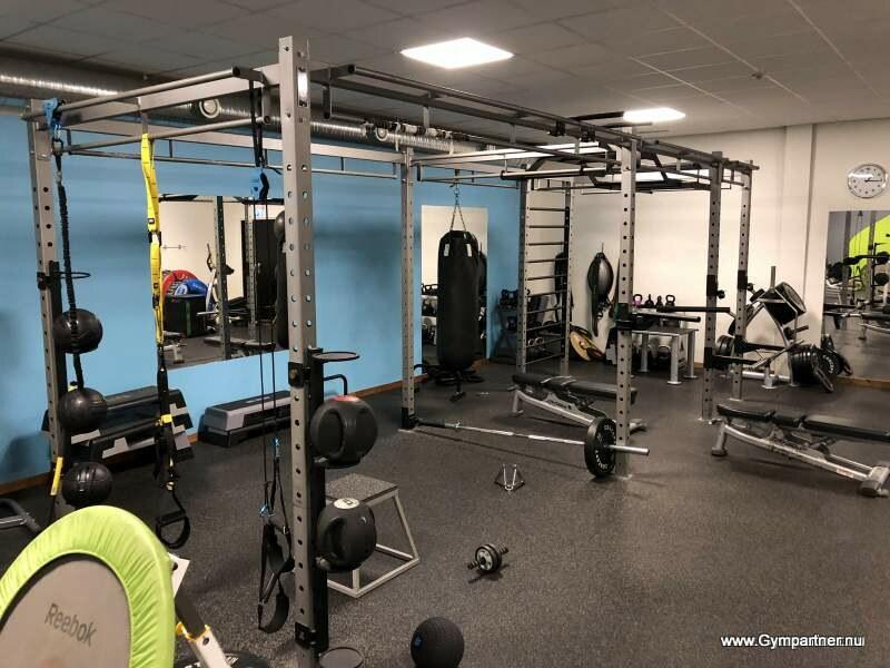 Försäljning av kompletta begagnade Gym, Löpband, Crosstrainer, Motionscykel mm